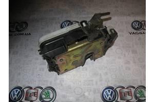 б/у Замок двери Volkswagen Polo