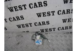 б/у Замок крышки багажника Toyota Land Cruiser Prado 150