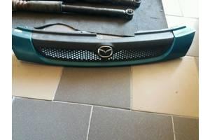 б/у Решётка радиатора Mazda 323