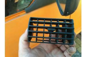 б/у Воздуховоды обдува стекла Volkswagen T4 (Transporter)