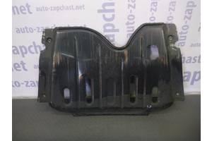 б/у Защита под двигатель Renault Sandero