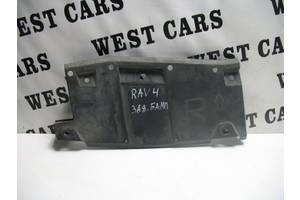 б/у Кронштейн бампера Toyota Rav 4