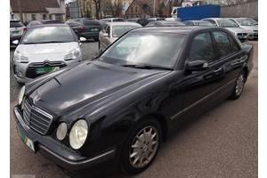 б/в Зеркало Mercedes E-Class