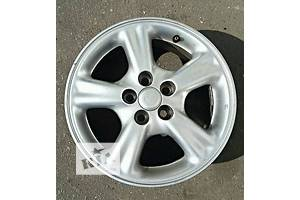 б/у Колеса и шины Диск Диск литой 15 Легковой Toyota