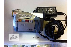 б/у Миниатюрные видеокамеры Canon