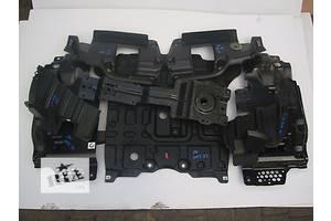 б/у Защиты под двигатель Toyota Land Cruiser 200