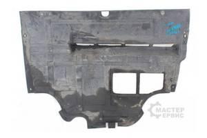 б/у Защита под двигатель Renault Trafic