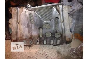 б/у Защита под двигатель Renault Kangoo