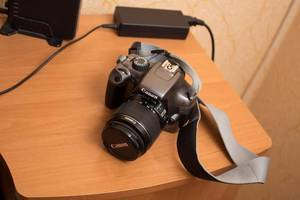 б/у Зеркальные фотоаппараты Canon EOS 1100D