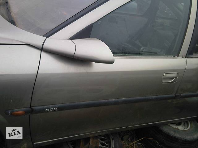 продам  Зеркало для легкового авто Opel Vectra B бу в Ужгороде