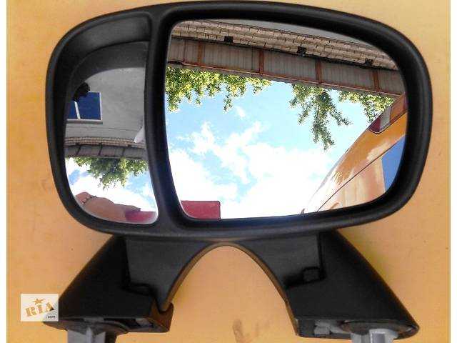 Зеркало правое Дзеркало праве Opel Vivaro Опель Виваро Renault Trafic Рено Трафик Nissan- объявление о продаже  в Ровно