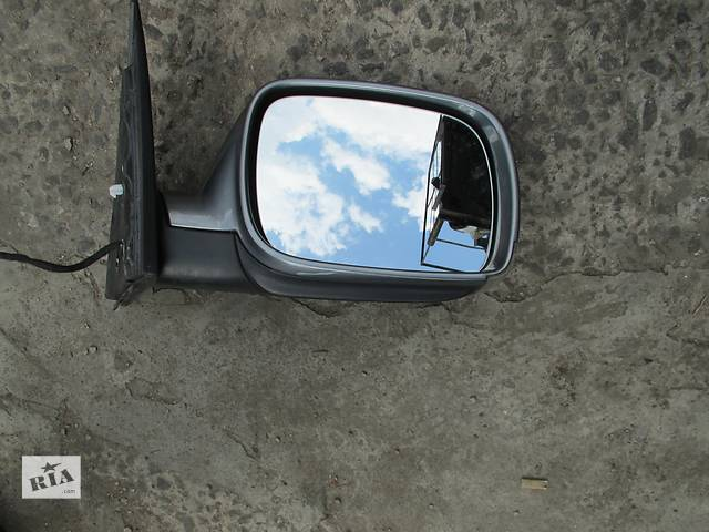 Зеркало Volkswagen Touareg (Фольксваген Туарег) 2003-2009p.- объявление о продаже  в Ровно