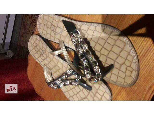 Женская обувь- объявление о продаже  в Запорожье