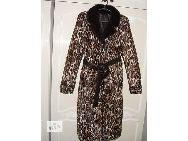 продам женское пальто из меха пони бу в Бородянке