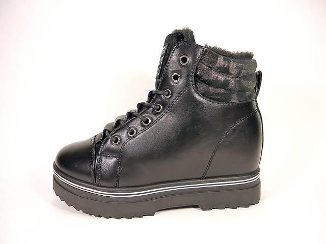 купить бу Женские зимние ботинки на толстой подошве и скрытой танкетке. Размер 36-41. в Хмельницком