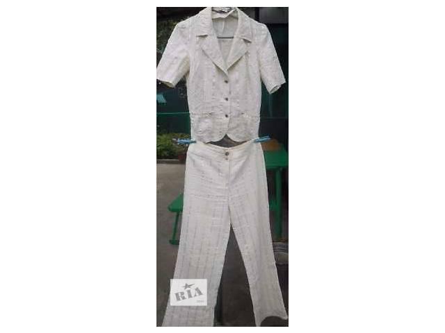 продам Женский брючный костюм бу в Томашполе