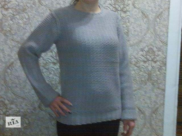 продам Женский вязанный свитер бу в Сумах