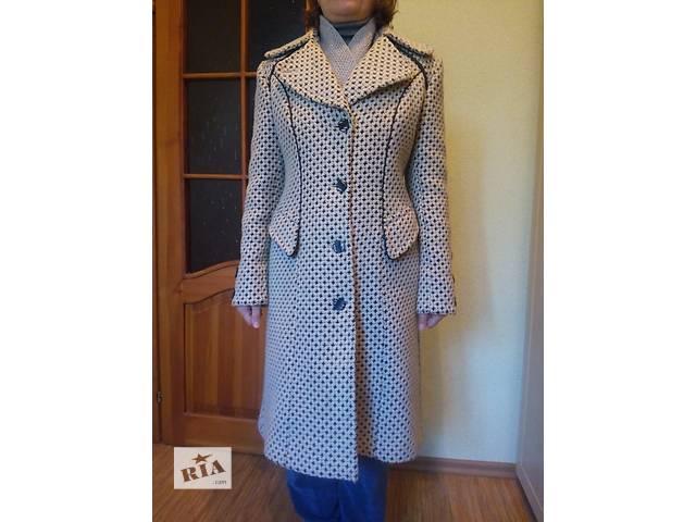 купить бу Женское пальто в Полтаве