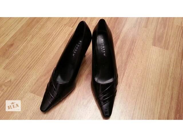 купить бу Женские кожаные туфли Blossem новые 9 размер в Киеве