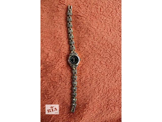 бу Жіночий годинник Xwei в Стрые