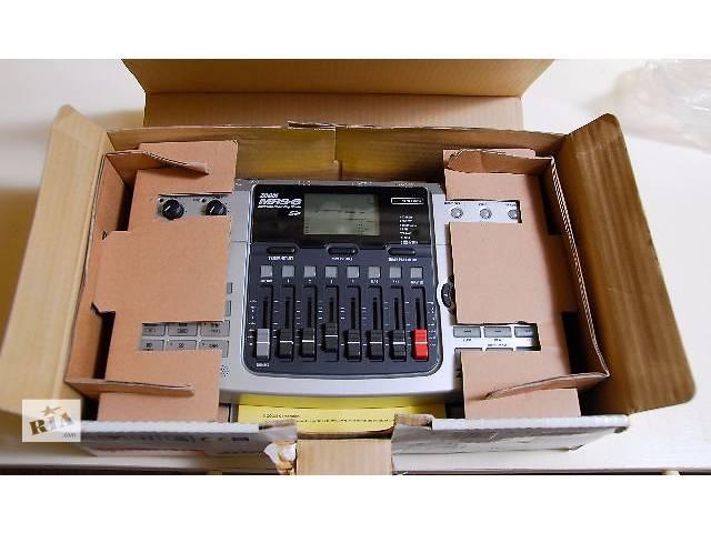 продам ZOOM MRS-8 Track Multitrak Recording Studio Drum Machine. бу в Киеве