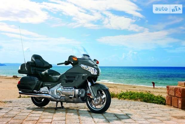 Honda GL 2 покоління Мотоцикл