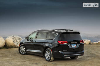 Chrysler Pacifica 3.6 АТ (286 л.с.) 2018