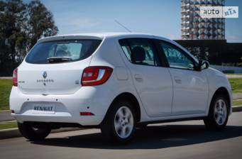 Renault Sandero 0.9TCe 5MT (90 л.с.) 2018