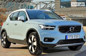 Volvo XC40 D3 2.0 AT (150 л.с.) 2018