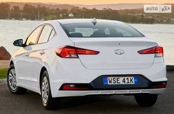 Hyundai Elantra 2.0 MPi AT (152 л.с.) 2019