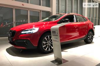 Volvo V40 Cross Country T3 1.5 АТ (152 л.с.) FWD 2020