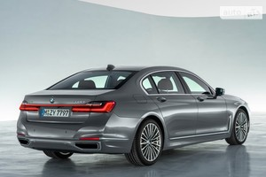 BMW 7 Series 745Le iPerformance Steptronic (286 л.с.) base