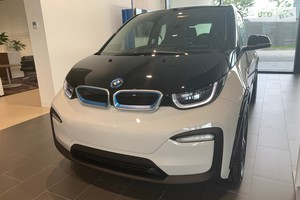 BMW I3 120 Ah E-Drive AT (170 л.с.)