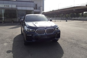 BMW X6 40i Stepotronic (340 л.с.) xDrive base