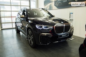 BMW X7 M50i Steptronic (530 л.с.) xDrive base
