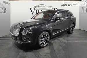 Bentley Bentayga 4.0i AT (550 л.с.)