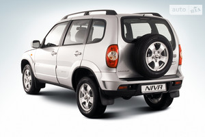 Chevrolet Niva 1.7 MT (80 л.с.) LE
