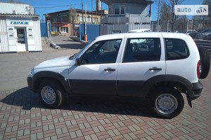 Chevrolet Niva 1.7 MT (80 л.с.) LC
