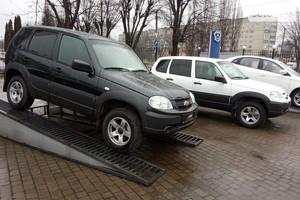 Chevrolet Niva 1.7 MT (80 л.с.) Individual