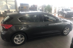Ford Focus 1.5 AT (120 л.с.) Trend Edition