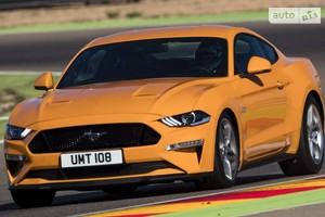 Ford Mustang GT 5.0i AT (460 л.с.) Premium