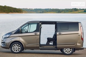 Ford Tourneo Custom 2.0 TDI MT F320 (185 л.с.) L2H1 Titanium