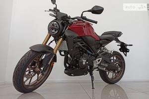 Honda CB 300F