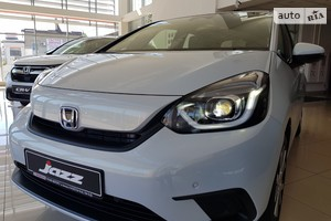 Honda Jazz 1.5 i-MMD E-CVT (109 л.с.) Elegance