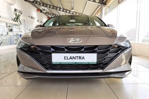 Hyundai Elantra 1.6 MPi AT (127 л.с.) Comfort