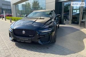 Jaguar XE 2.0i AT (250 л.с.) RWD R-Dynamic S