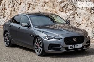 Jaguar XE 2.0i AT (250 л.с.) RWD S