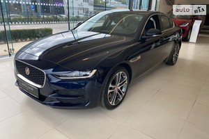 Jaguar XE 2.0D AT (180 л.с.) AWD S