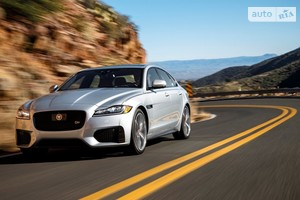 Jaguar XF 2.0 AT (300 л.с.) AWD Pure