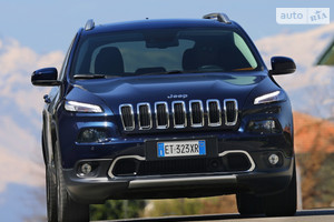 Jeep Cherokee 2.4 AT (184 л.с.) AWD Longitude